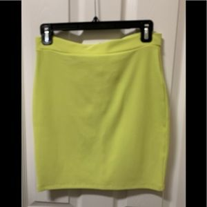 COPY - Bebe chartreuse skirt Medium. NWT